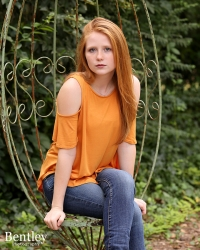 Bentley Photography, location senior portraits, Winder, GA